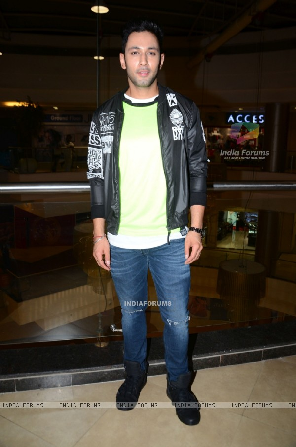 Sahil Anand at the Promotions of Team Mumbai Tigers at Edward Maya Concert