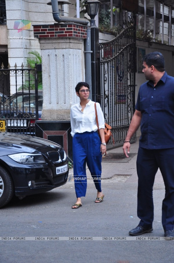 Kiran Rao Snapped Leaving Karan Johar's House