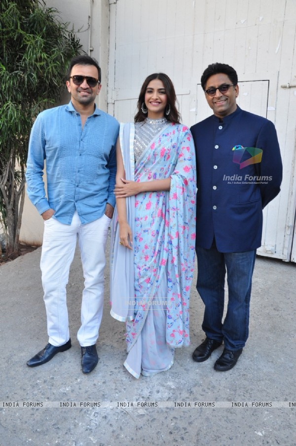 Atul Kasbekar, Sonam Kapoor and Ram Mahvani for Promotions of 'Neerja'