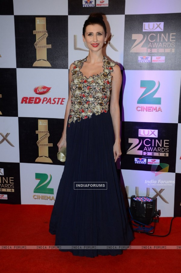 Claudia Ciesla at Zee Cine Awards 2016