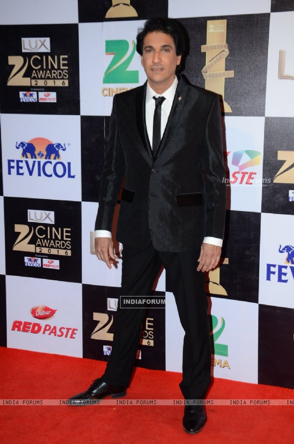 Shiamak Davar at Zee Cine Awards 2016