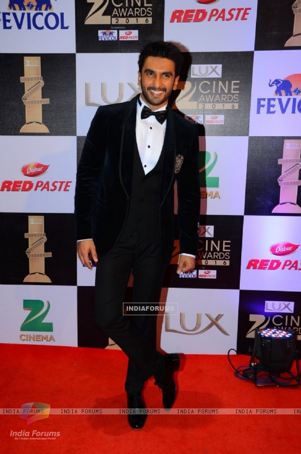 Ranveer Singh at Zee Cine Awards 2016