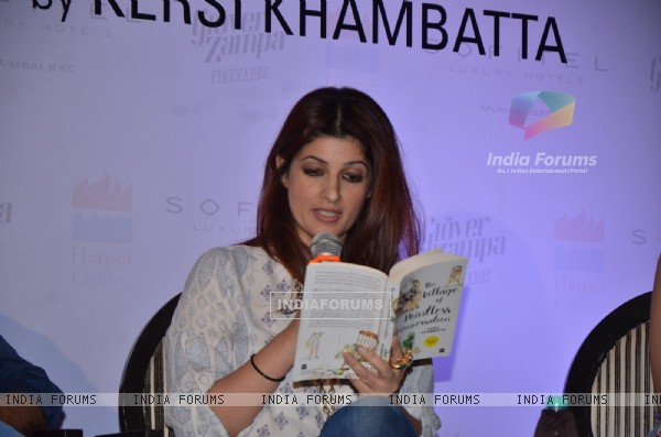 Twinkle Khanna at Launch of Kersi Khambatta's Book