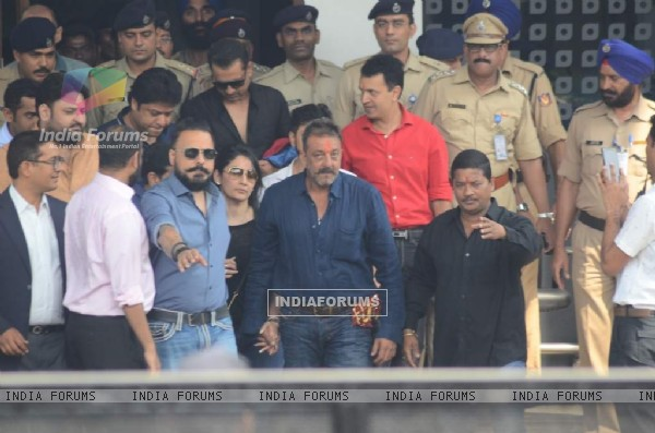 Sanjay Dutt Arrives at Mumbai Airport