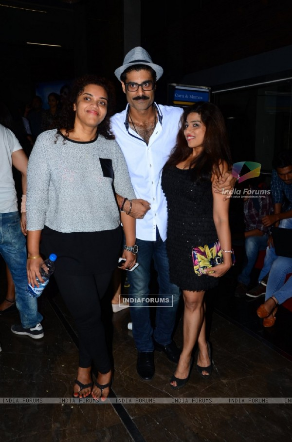Sikander Kher with RJ Malishka at Special Screening of 'Tere Bin Laden: Dead or Alive'
