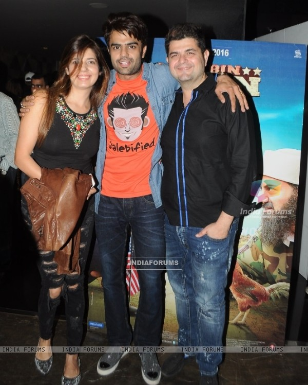 Dabboo Ratnani with Wife and Manish Paul at Special Screening of 'Tere Bin Laden: Dead or Alive'