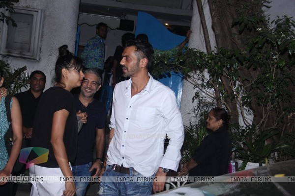Arjun Rampal Snapped with Models from his Ramp days at Olive in Bandra