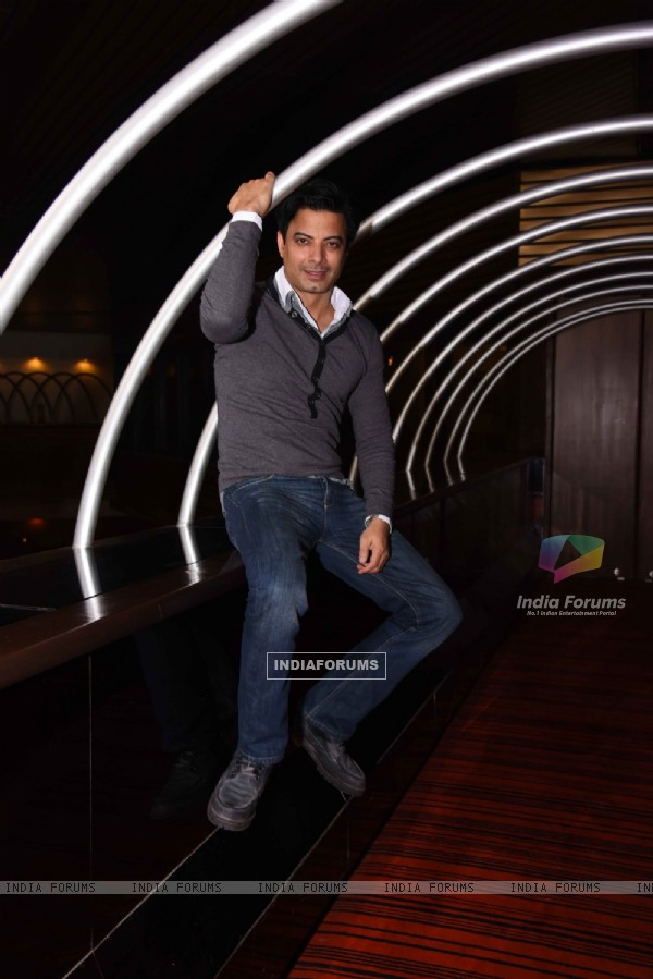 Rahul Bhat at Promotions of 'Jai Gangaajal'