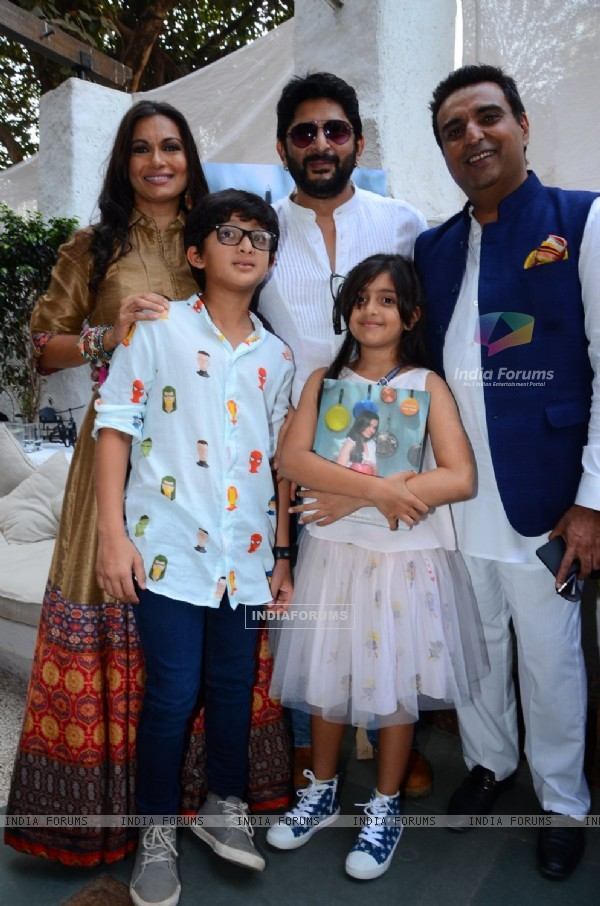 Arshad Warsi with Maia Goretti and family at her Book Launch