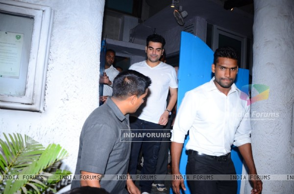 Arbaaz Khan Snapped at Olive Post dinner of Malaika's parent's anniversary