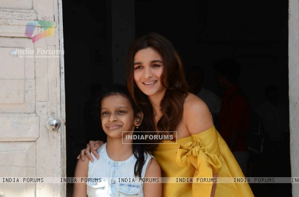 Alia Bhatt for Kapoor & Sons Promotions