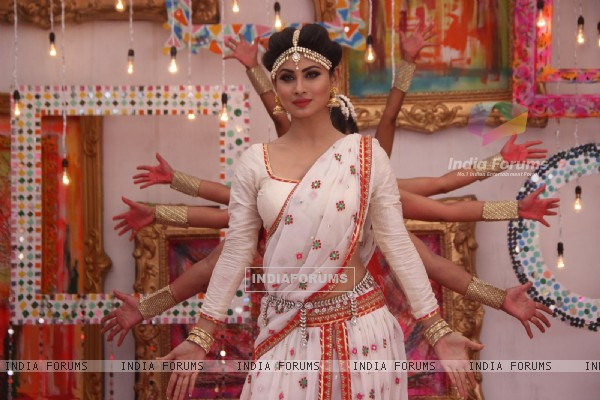 Mouni Roy performs at Colors Holi Celebrations