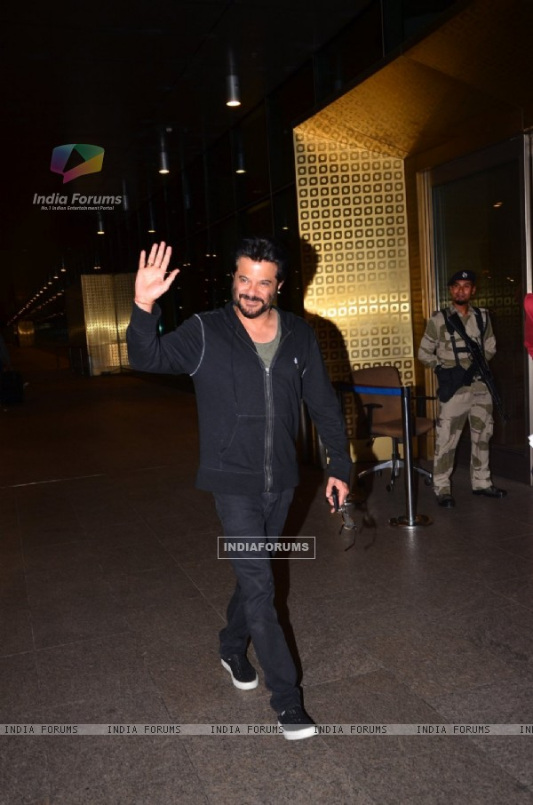 Anil Kapoor Snapped While Leaving for TOIFA