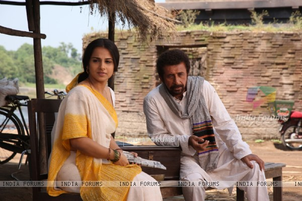 Naseruddin Shah and Vidya Balan in the movie Ishqiya (40120)