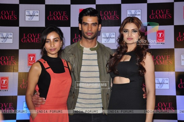 Patralekha, Gaurav Arora and Tara Alisha at Press Meet of 'Love games'