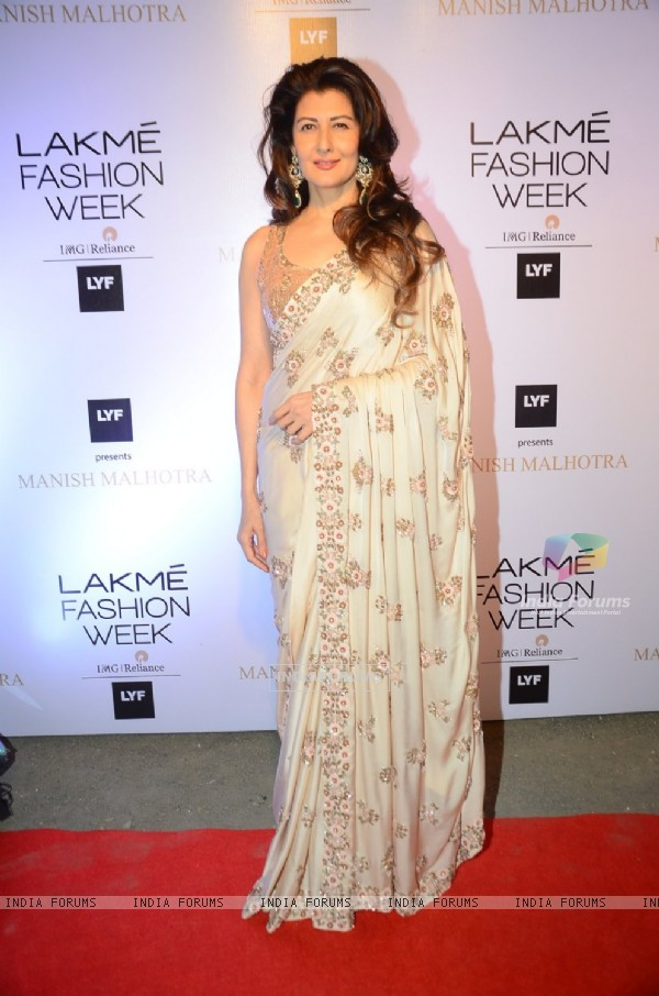 Sangeeta Bijlani at Lakme Fashion Show 2016