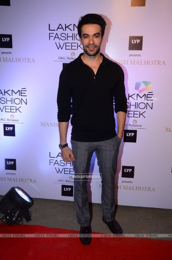 Punit Malhotra at Lakme Fashion Show 2016