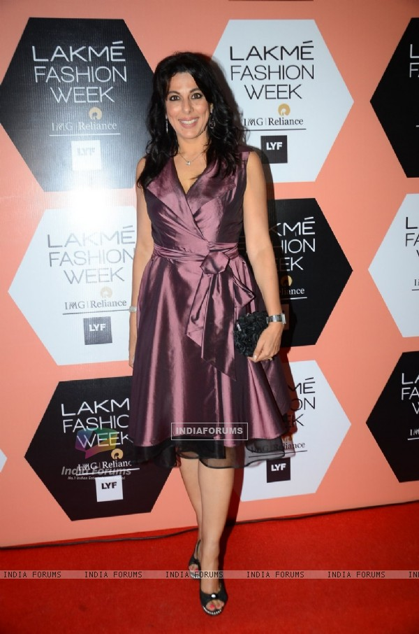 Pooja Bedi at Lakme Fashion Show 2016