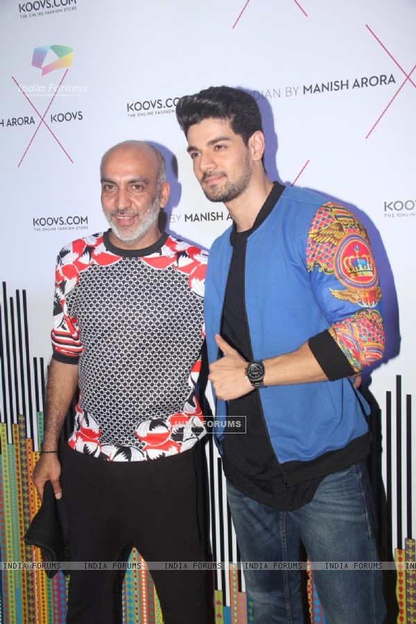 Sooraj Pancholi at 'Indian by Manish Arora X KOOVS' Event