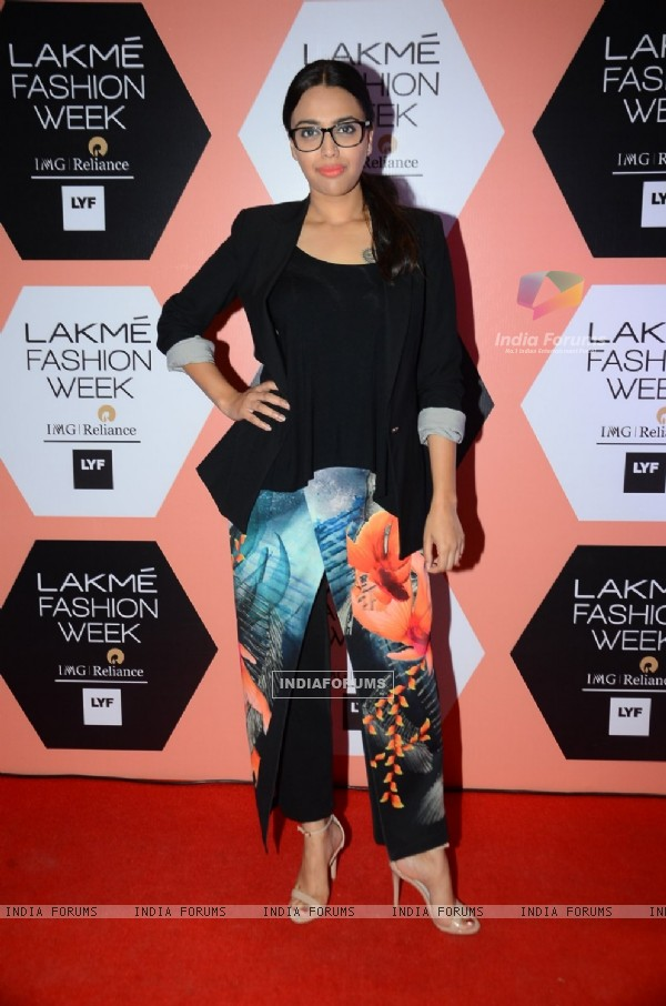 Swara Bhaskar at Lakme Fashion Show 2016 - Day 4