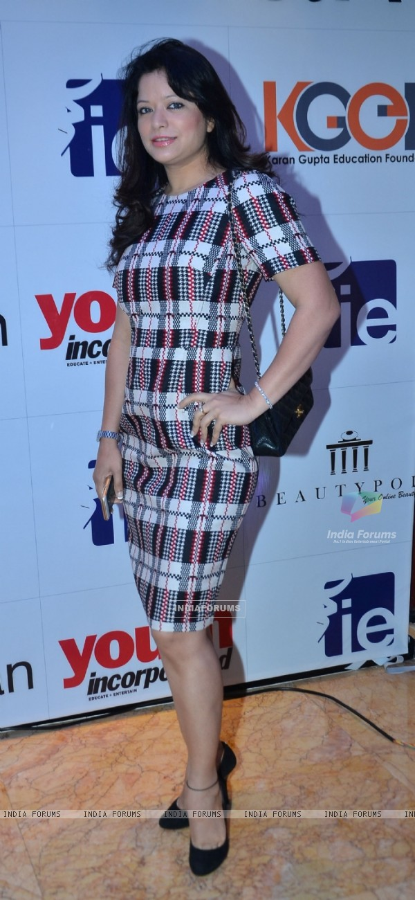 Arzoo Govitrikar at 'I am Woman' Award Ceremony