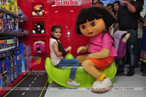 Ruhanika Dhawan Launches New Store of 'Simba Toys'