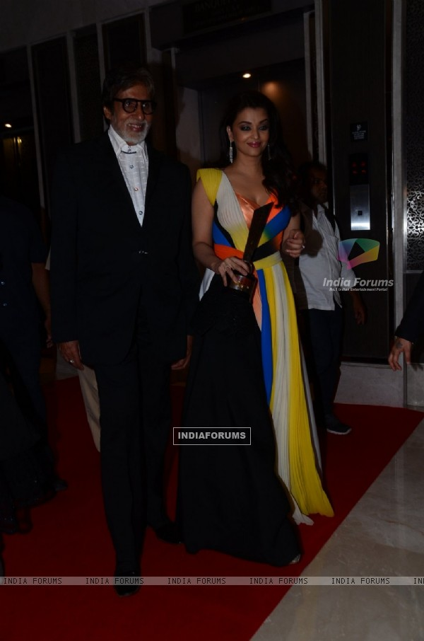 Amitabh Bachchan and Aishwarya Rai Bachchan'Hello! Hall of Fame' Awards