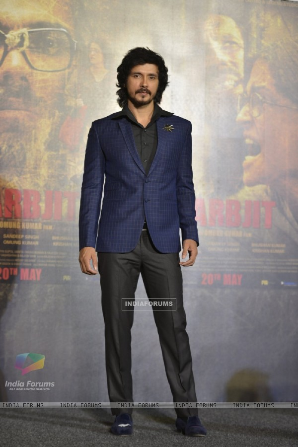 Darshan Kumar at the Trailer Launch of 'Sarabjit'