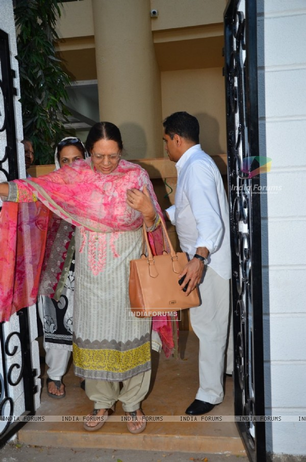 Celebs at Firoz Nadiadwala's Mother's Prayer Meet