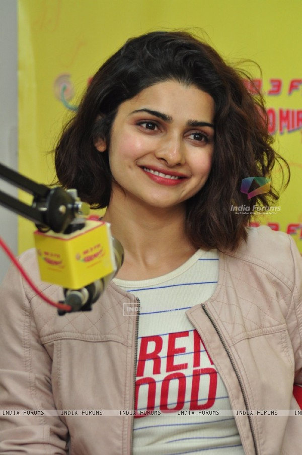 Pretty Prachi Desai goes live at Radio Mirchi for Promotions of 'Azhar'