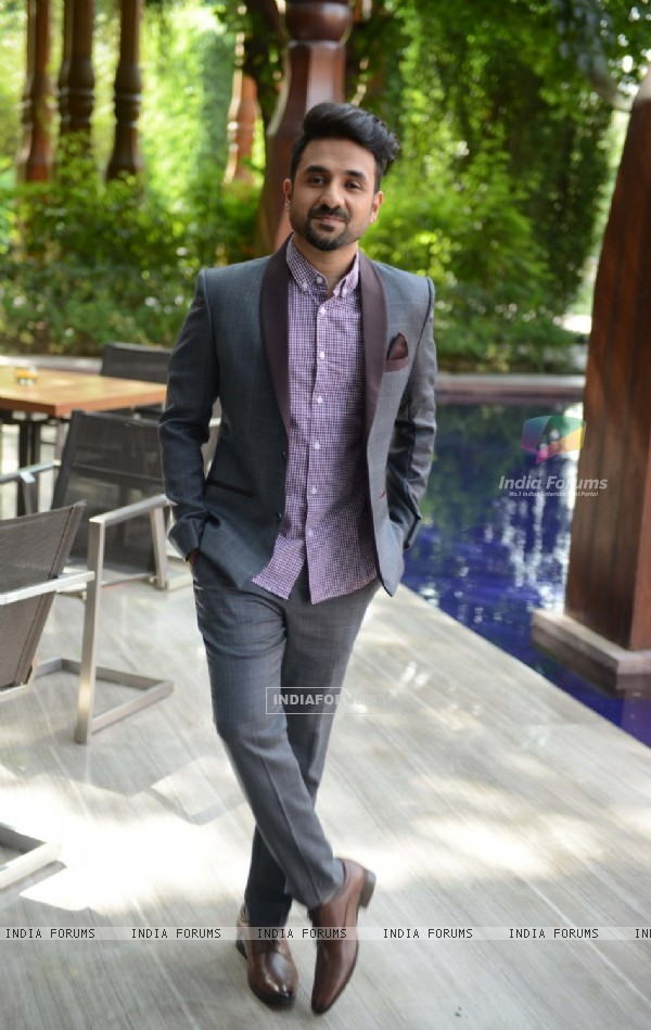 Vir Das at Press Meet of 'Santa Banta Pvt. Ltd.'