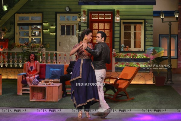 Dance Time! Emraan and Lara during Promotions of 'Azhar' on 'The Kapil Sharma Show'