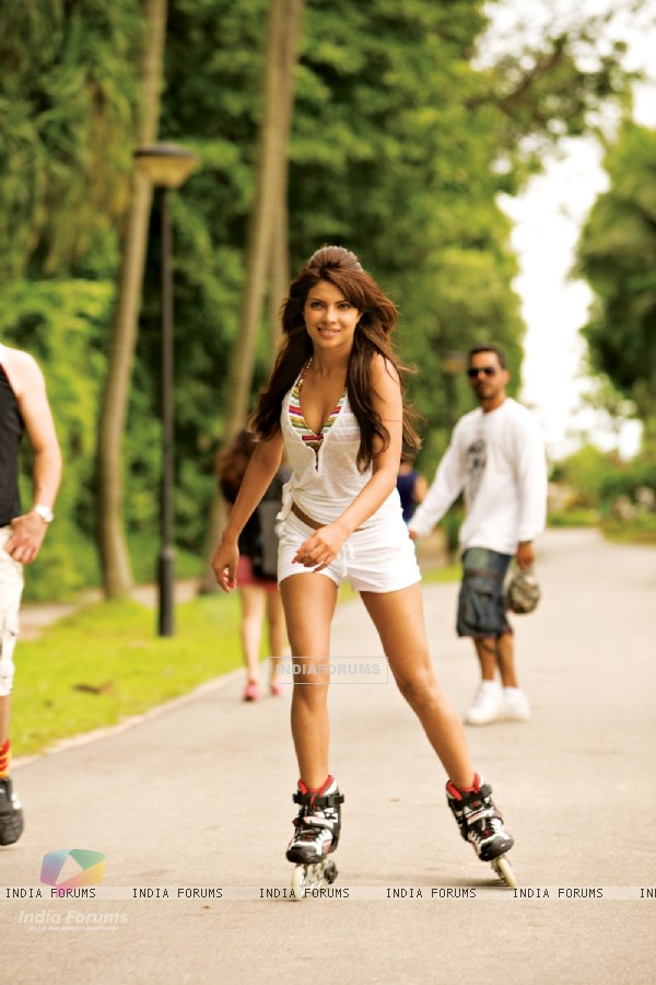 Priyanka Chopra doing Skating