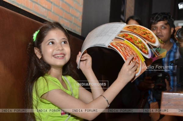 Harshaali Malhotra Snapped at California PIZZA Kitchen