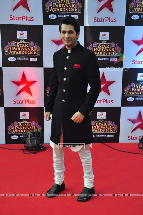 Abhay Vakil at Star Parivar Awards Red Carpet Event