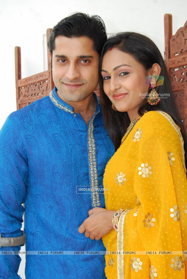 Beautiful couple Shubh and Suhani