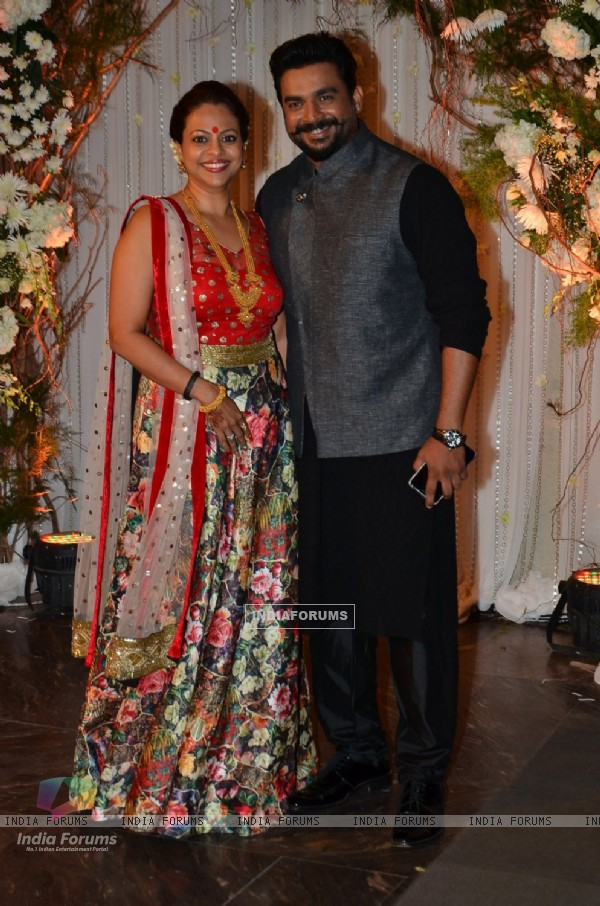 R. Madhavan at Karan - Bipasha's Star Studded Wedding Reception