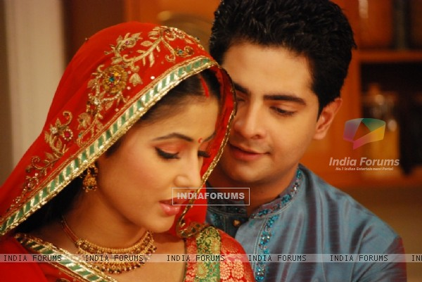 Romantic scene of Akshara and Natik