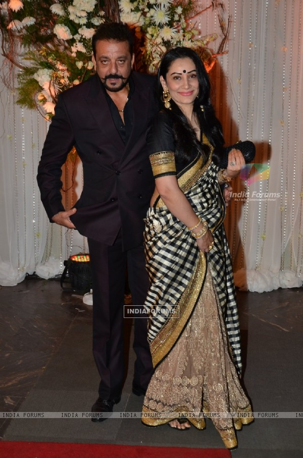 Sanjay Dutt and Manyata Dutt grace the Wedding Reception of Karan - Bipasha Basu.