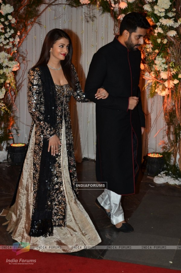 Abhishek Bachchan and Aishwarya Rai Bachchan at Karan - Bipasha's Star Studded Wedding Reception