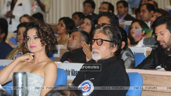 Amitabh Bachchan and Kangana Ranaut at National Award Ceremony