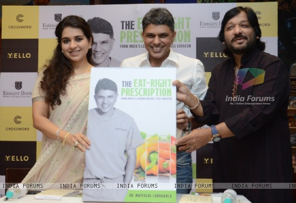 Shaina NC, Roop Kumar Rathod at the Launch of Dr. Muffi Lakdawala's Book- The Eat Right Prescription