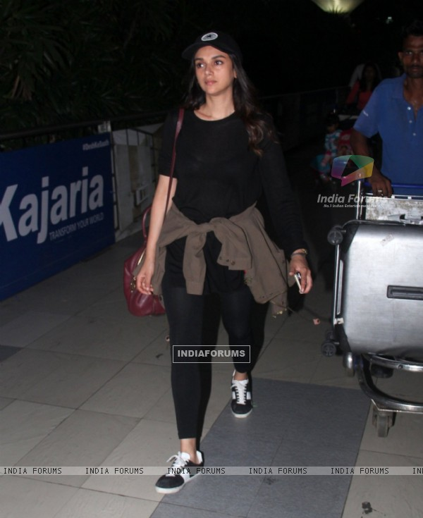 Aditi Rao Hydari Snapped at Airport