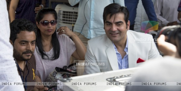 Arbaaz Khan on the sets of 'Jeena Isi Ka Naam Hai'