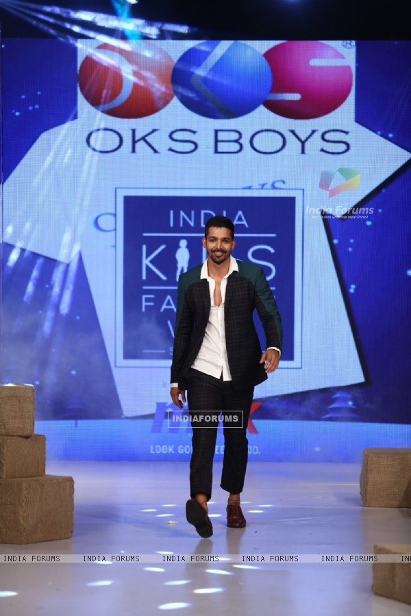 Harshvardhan Rane Grace the Kids Fashion Week