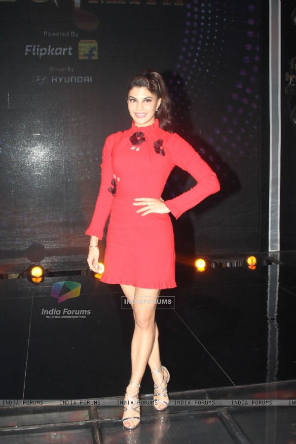 Jacqueline Fernandes on Sa Re Ga Ma Pa for Promotion of Housefull 3