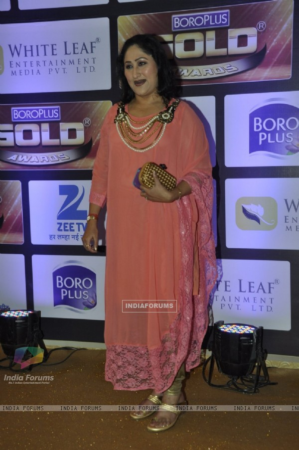 Jayati Bhatia at Zee Gold Awards 2016