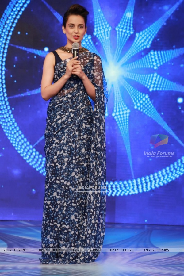 Kangana Ranaut Looks fantastic at CNN IBN Awards