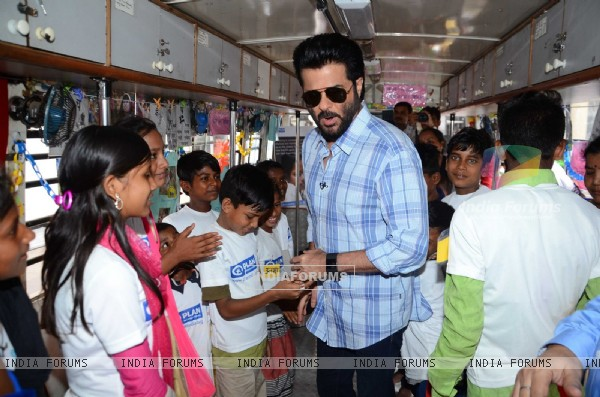 Anil Kapoor interacts with the kids at Anil Kapoor was spotted at Plan India Event