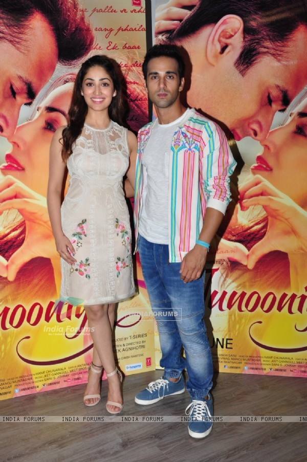 Yami Gautam and Pulkit Samrat Promotes their upcoming film 'Junooniyat'